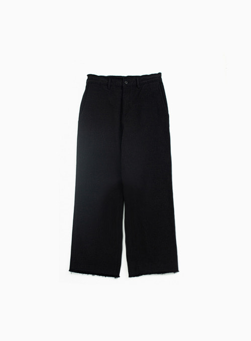 CUT OFF PANTS (BLACK)
