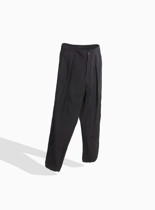 LOOSED JOGGER PANTS (BLACK)