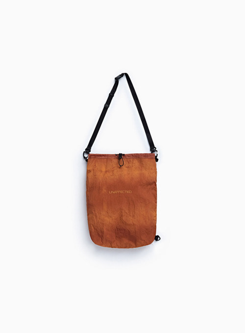 LOGO SLING BAG (SUNSET ORANGE)