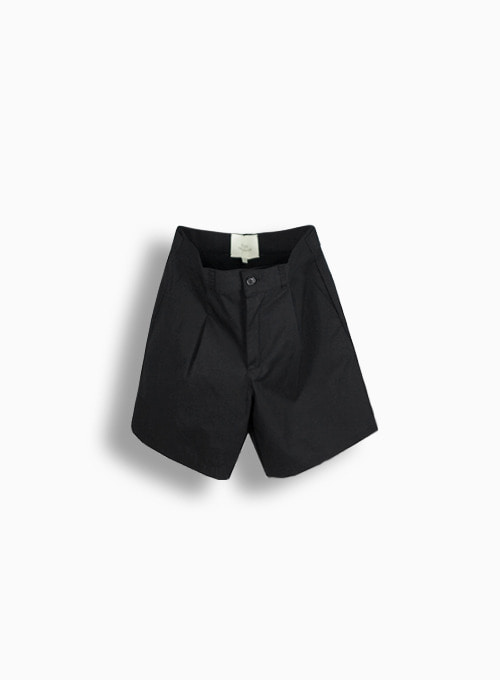 TEXTURED ONE TUCK SHORTS (BLACK)