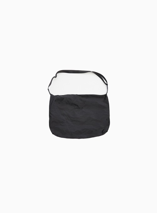 BODY CROSS BAG (BLACK STORM)
