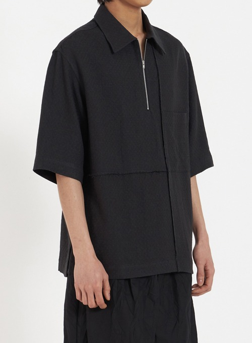 ZIPPED HALF SHIRT (BLACK)