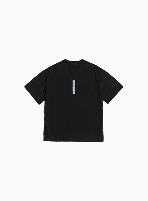 LOGO LABEL T-SHIRT (BLACK)