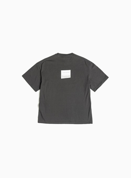 LOGO PATCH T-SHIRT (CHARCOAL)