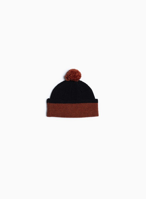 POM BEANIE (BLACK/ORANGE)