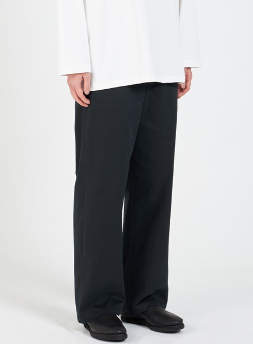 WIDE CHINO PANTS (BLACK)