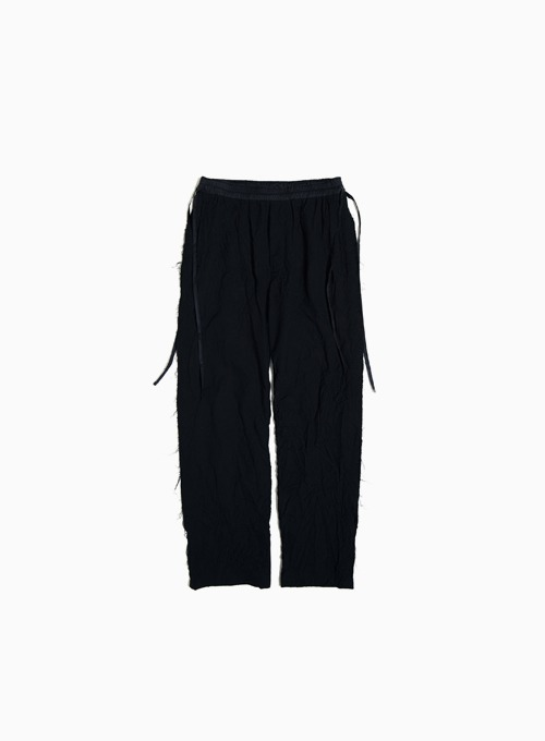 RAW EDGED CUT PANTS (BLACK)