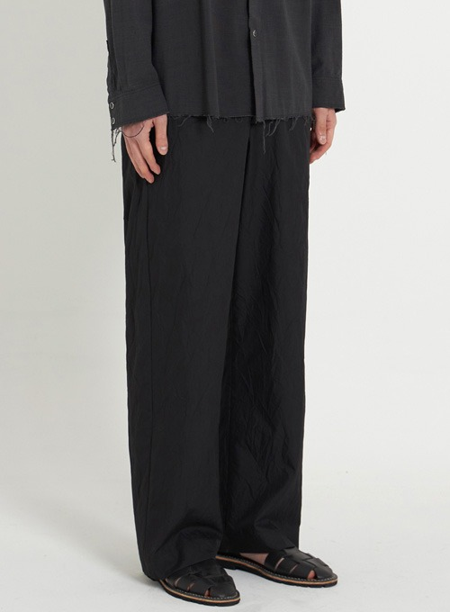 CREASE WIDE PANTS (BLACK CREASE)