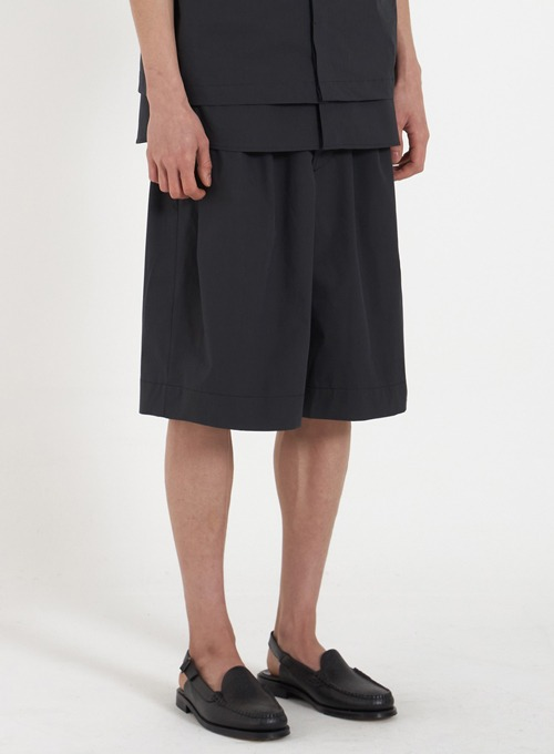 WIDE STRING HALF PANTS (BLACK)